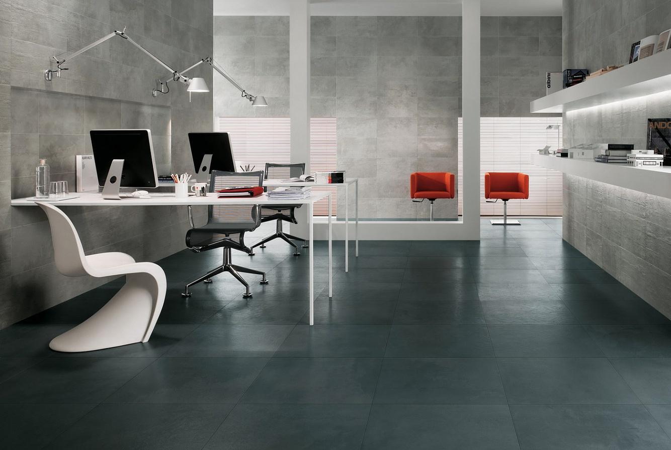 Large ceramic tile